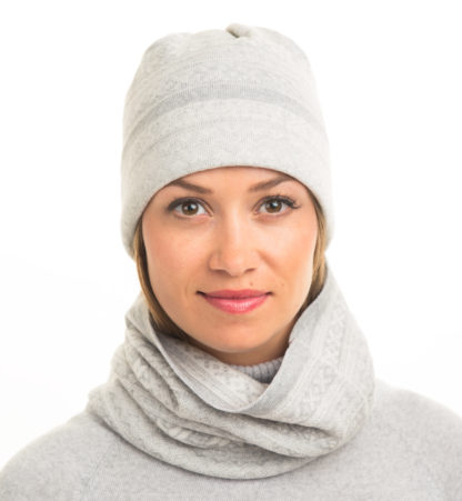 merinowool neck and hat in lightgrey